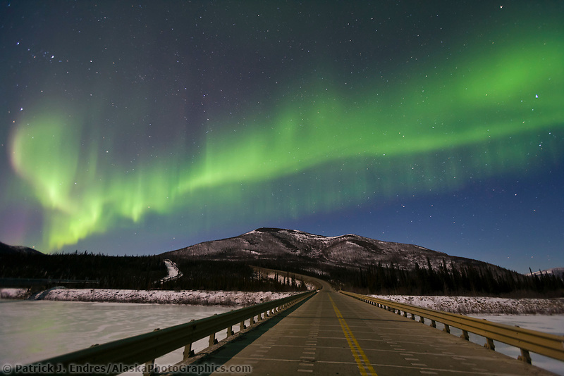 Aurora borealis over the south fork of the Koyukuk river, James Dalton Highway,  Brooks Range, Arctic, Alaska