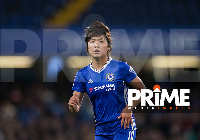 Ji So-yun of Chelsea Ladies during the UEFA Women's Champions League match between Chelsea Ladies and VfL Wolfsburg at Stamford Bridge, London, England on 5 October 2016. Photo by Andy Rowland.