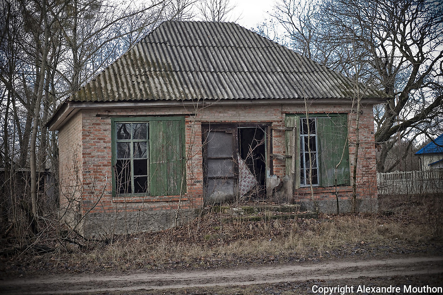An abandoned house in the exclusion zone, &quot;official&quot; contaminated.<br />