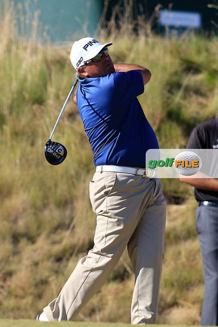 Angel Cabrera (ARG) tees off the 6th tee during Friday's Round 2 of the 2015 U.S. Open 115th National Championship held at Chambers Bay, Seattle, Washington, USA. 6/20/2015.<br /> Picture: Golffile | Eoin Clarke<br /> <br /> <br /> <br /> <br /> All photo usage must carry mandatory copyright credit (&copy; Golffile | Eoin Clarke)