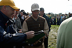 Chris DiMarco signs autographs for the waiting fans on the 13th hole during Practice Day2 the 2006 Ryder Cup at The K Club 21st September 2006. (Photo Eoin Clarke/Newsfile)