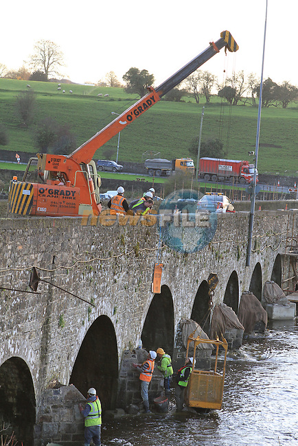 Reinforcement work taking place on Slane Bridge, Co.Meath...(Photo credit should read Jenny Matthews www.newsfile.ie)....This Picture has been sent you under the conditions enclosed by:.Newsfile Ltd..The Studio,.Millmount Abbey,.Drogheda,.Co Meath..Ireland..Tel: +353(0)41-9871240.Fax: +353(0)41-9871260.GSM: +353(0)86-2500958.email: pictures@newsfile.ie.www.newsfile.ie.