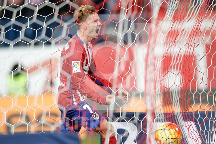 Atletico de Madrid's Antoine Griezmann celebrates goal during La Liga match. November 8,2015. (ALTERPHOTOS/Acero)