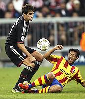 MUNIQUE, ALEMANHA, 19 SETEMBRO 2012 - LIGA DOS CAMPEOES - BAYERN DE MUNICH X VALENCIA - Javi Martinez (E) jogador do Bayern de Munich durante lance de partida contra o Valencia em jogo pela primeira rodada do Grupo F da Liga dos Campeoes no Allianz Arena em Munique na Alemanha, nesta quarta-feira, 19. (FOTO: PIXATHLON / BRAZIL PHOTO PRESS).
