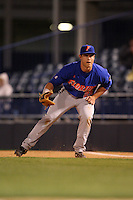 March 2, 2010:  First Baseman Preston Tucker (25) of the Florida Gators during a game at Legends Field in Tampa, FL.  Photo By Mike Janes/Four Seam Images