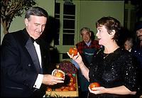 File Photo- September 1996  - Pierre Bourque , Montrea Mayor (L) , Sheila Copps (R)