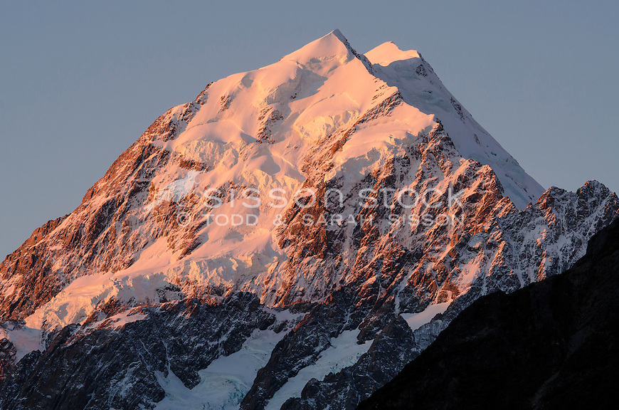 Red evening light on the summit of Aoraki / Mt Cook, Canterbury, New Zealand