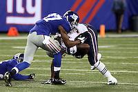 DT Linval Joseph (Giants) stoppt RB Brandon Bolden (Patriots)