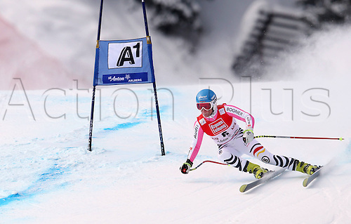 13.01.2013. St Anton, Austria.  Ski Alpine FIS World Cup Super G for women Picture shows Veronique  ger