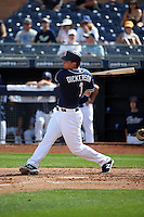 Alex Dickerson - San Diego Padres 2016 spring training (Bill Mitchell)