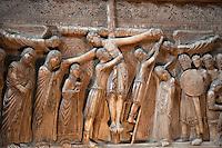 Parma, La deposizione di Cristo dalla croce, 1178, bassorilievo in marmo nel transetto della Cattedrale di Parma