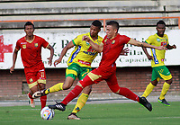 NEIVA  -COLOMBIA, 5-08-2017. Acción de juego  entre el  Atlético Huila y Rionegro  Águilas  ,  encuentro  por la fecha 6 de la Liga Aguila II 2017  disputado en el estadio Guillermo Plazas Alcid ./ Action game between Atletico Huila   and Rionegro  Aguilas   during match for the date 6 of the Aguila League I I 2017 played at Guillermo Plazas Alcid  stadium . Photo:VizzorImage / Sergio Reyes / Contribuidor