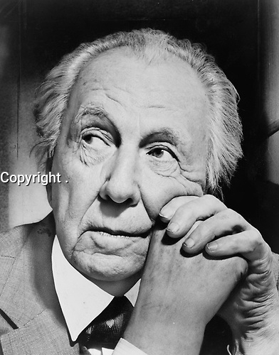 Frank Lloyd Wright, 1957, <br /> <br /> photo: Al Ravenna, New York World-Telegram and Sun