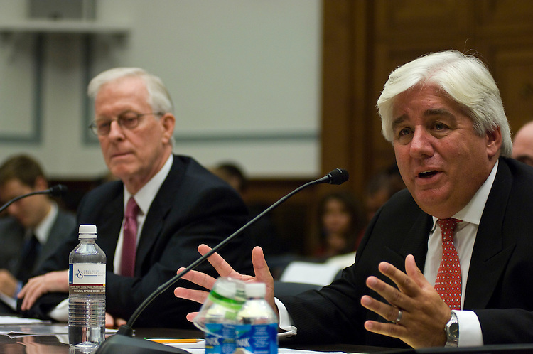 WASHINGTON, DC - Oct. 07: Robert B. Willumstad and Martin J. Sullivan, former CEOs of insurance giant AIG, testify during the House Oversight and Government Reform hearing on the run up to the market breakdown on Wall Street. The former executives laid much of the blame on an accounting method that federal regulators recently moved to relax. (photo by Scott J. Ferrell/Congressional Quarterly).