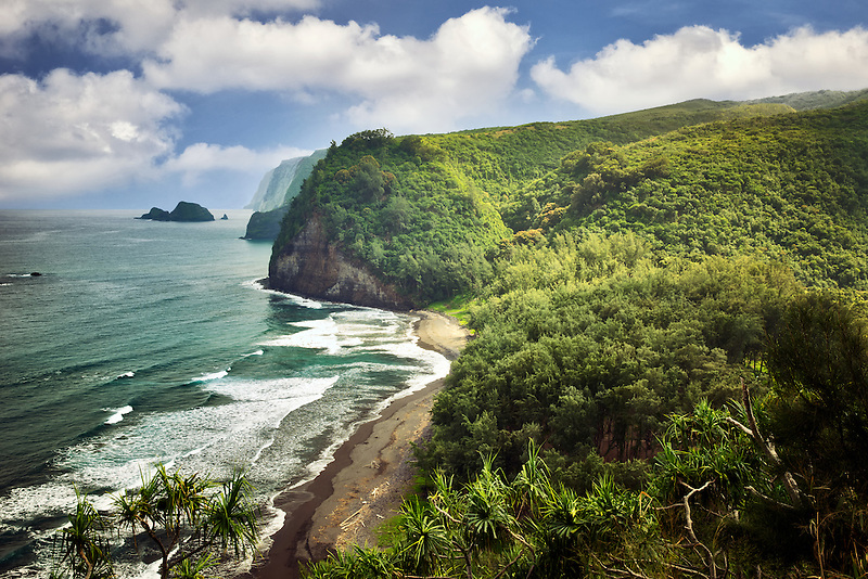 Coastline at Pololu Valley. Hawaii, The Big Island.