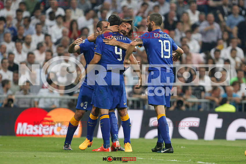 Juventus´s players celebrate Alvaro Morata´s goal (1-1) during the Champions League semi final soccer match between Real Madrid and Juventus at Santiago Bernabeu stadium in Madrid, Spain. May 13, 2015. (ALTERPHOTOS/Victor Blanco) /NortePhoto.COM