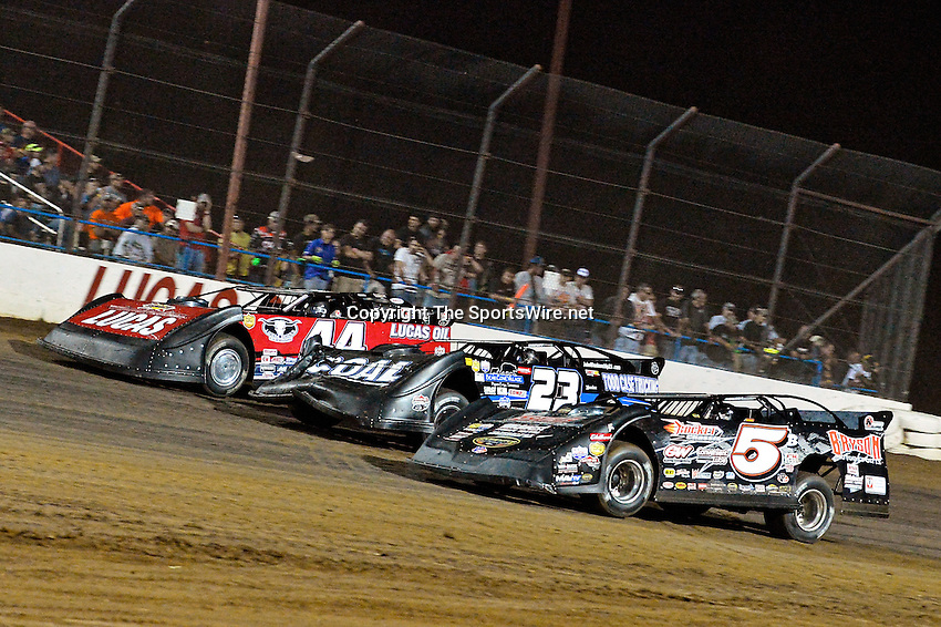 May 25, 2013; 10:21:21 PM; Wheatland, Mo., USA; The  Lucas Oil Late Model Dirt Series running the 21st Annual Lucas Oil Show-Me 100 Presented by ProtectTheHarvest.com.  Mandatory Credit: (thesportswire.net)