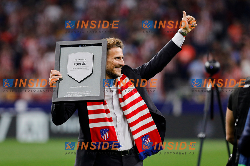Ex player Diego Forlan of Atletico de Madrid during La Liga match between Atletico de Madrid and Real Madrid at Wanda Metropolitano Stadium{ in Madrid, Spain. {iptcmonthname} 28, 2019. (ALTERPHOTOS/A. Perez Meca)<br /> Liga Spagna 2019/2020 <br /> Atletico Madrid - Real Madrid <br /> Foto Perez Meca Alterphotos / Insidefoto <br /> ITALY ONLY