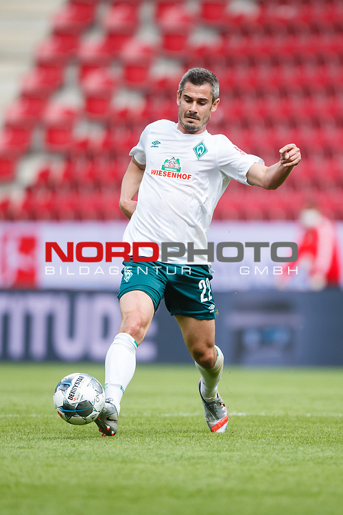 Fin Bartels (SV Werder Bremen) mit Ball, <br /> <br /> Sport: Fussball: 1. Bundesliga:: nphgm001:  Saison 19/20: 33. Spieltag: 1. FSV Mainz 05 vs SV Werder Bremen 20.06.2020<br /> Foto: Neis/Eibner/Pool/via gumzmedia/nordphoto<br />