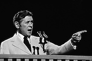 Miami, Florida, USA. July 1972. The Mayor of Milwaukee, Henry Maier, speaking at the 1972 Miami Democratic National Convention. Maier remained in office for 28 years.