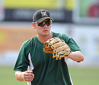 July 16, 2009: Infielder Eddie Prasch (14) of the Lynchburg Hillcats, Carolina League affiliate of the Pittsburgh Pirates, before a game at G. Richard Pfitzner Stadium in Woodbridge, Va. Photo by: Tom Priddy/Four Seam Images