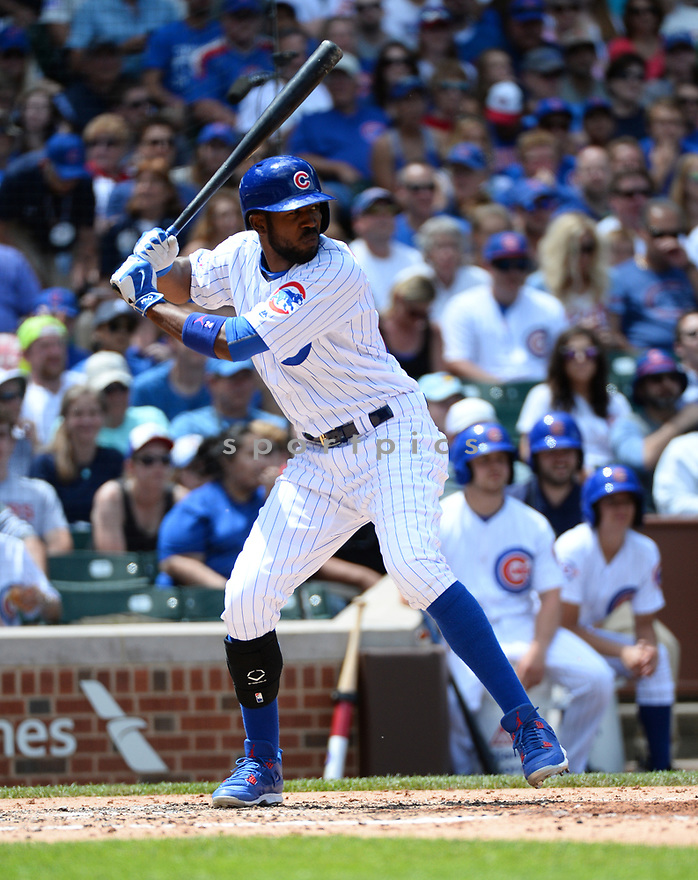 Chicago Cubs Dexter Fowler (24) during a game against the Arizona Diamondbacks on June 5, 2016 at Wrigley Field in Chicago, IL. The Diamondbacks beat the Cubs 3-2.