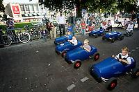 20110924 - Utrecht - Foto: Ramon Mangold - NFF 2011 - Nederlands Filmfestival - .Premiere Bennie Stout - Stadsschouwburg. Voorafgaand aan de premiere werd er bij de stadsschouwburg een skelterrace gehouden.