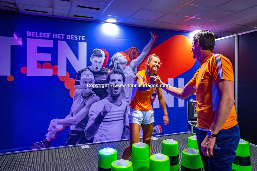 Den Bosch, The Netherlands, Februari 07 2019,  Maaspoort , FedCup  Netherlands - Canada, Arantxa Rus and Paul Haarhuis in a different game<br /> Photo: Tennisimages/Henk Koster