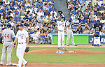 Kenta Maeda (Dodgers), Jason Heyward (Cubs),<br /> OCTOBER 20, 2016 - MLB :<br /> Kenta Maeda of the Los Angeles Dodgers wipes his face in the first inning during the game five of the National League Championship Series against the Chicago Cubs on October 20, 2016, at Dodger Stadium in Los Angeles, CA. (Photo by AFLO)