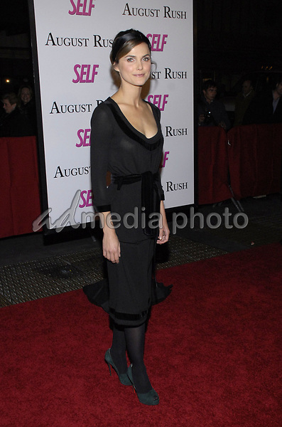 "11 November 2007 - New York, New York - Keri Russell. The New York premiere of Warne Bros. Pictures' ""August Rush"" held at  the Ziegfeld Theater.  Photo Credit: Bill Lyons/AdMedia *** Local Caption ***"