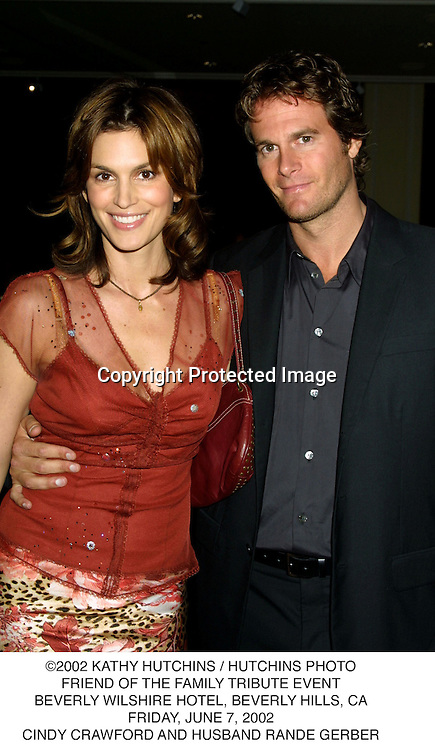 ©2002 KATHY HUTCHINS / HUTCHINS PHOTO.FRIEND OF THE FAMILY TRIBUTE EVENT.BEVERLY WILSHIRE HOTEL, BEVERLY HILLS, CA.FRIDAY, JUNE 7, 2002.CINDY CRAWFORD AND HUSBAND RANDE GERBER