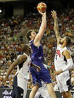 Spain's Pau Gasol (c) and USA's Kobe Bryant (l) and Tyson Chandler during friendly match.July 24,2012. (ALTERPHOTOS/Acero) /NortePhoto.com<br /> **CREDITO*OBLIGATORIO** *No*Venta*A*Terceros*<br /> *No*Sale*So*third* ***No*Se*Permite*Hacer Archivo***No*Sale*So*third*©Imagenes*con derechos*de*autor©todos*reservados*.