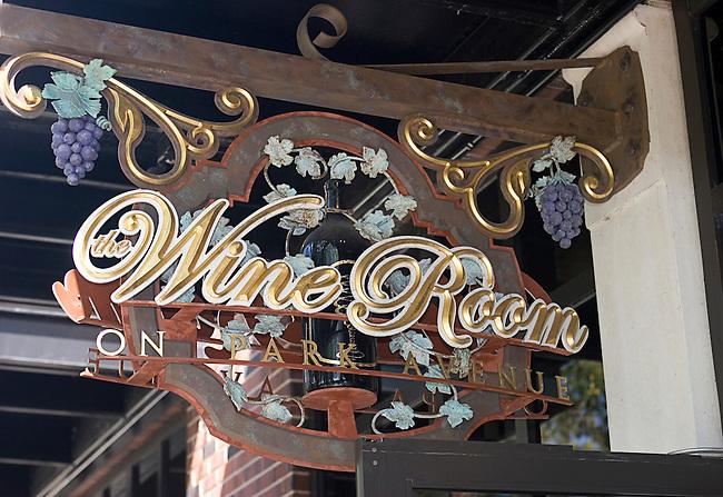 Shopping, The Wine Room, Winter Park, Orlando, Florida
