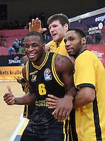 Basketball  1. Bundesliga  2016/2017  Hauptrunde  16. Spieltag  27.12.2016 Walter Tigers Tuebingen - MHP Riesen Ludwigsburg JUBEL Ludwigsburg; Kelvin Martin, Jack Cooley, Tekele Cotton (v.li.)
