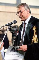 Giuliano Pisapia, avvocato parte civile Cir, durante il processo SME. Milano, 25 giugno 2003...Giuliano Pisapia during the SME trial. Milan, june 25, 2003