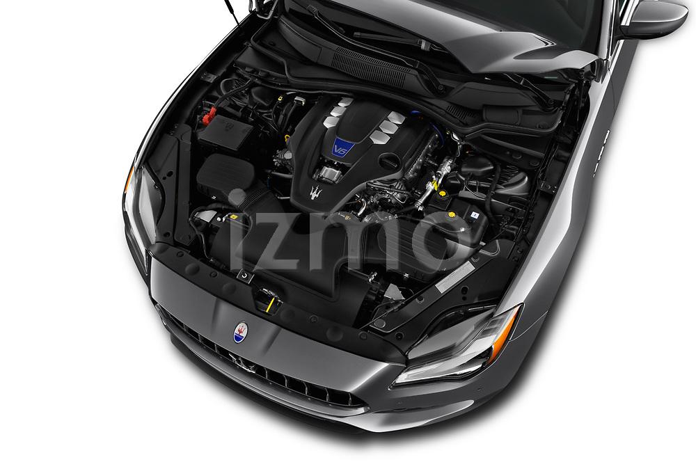 Car stock 2018 Maserati Quattroporte S 4 Door Sedan engine high angle detail view
