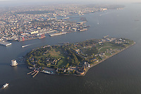 NOVA YORK, EUA, 17.09.2018 - CIDADE-NOVA YORK - Vista aerea Ilha do Governador ( Governors Island ) na cidade de Nova York nos Estados Unidos (Foto: Vanessa Carvalho/Brazil Photo Press)