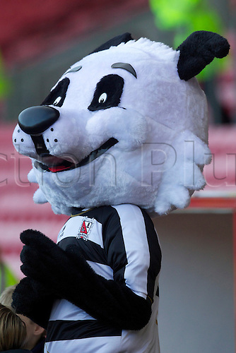 06.11.2010 FA Cup 1st Round Darlington v Bristol Rovers. Darlington Mascot