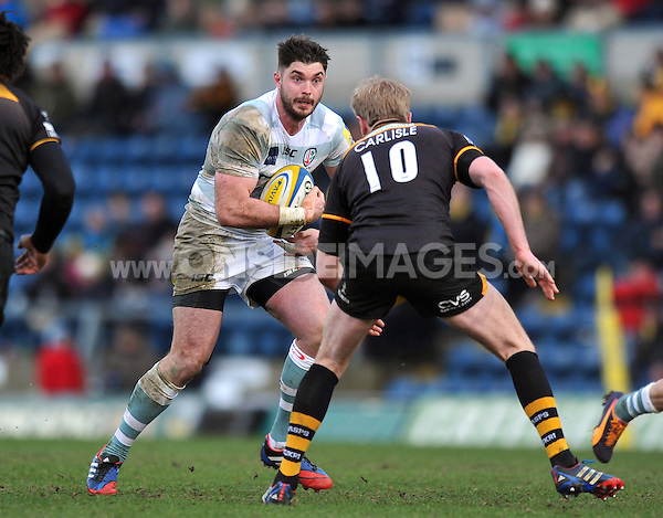 Jebb Sinclair faces off against Joe Carlisle. Aviva Premiership match, between London Wasps and London Irish on February 15, 2014 at Adams Park in High Wycombe, England. Photo by: Patrick Khachfe / JMP