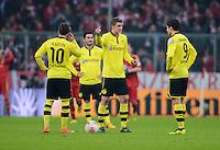 FUSSBALL  DFB-POKAL  VIERTELFINALE  SAISON 2012/2013    FC Bayern Muenchen - Borussia Dortmund          27.02.2013 Mario Goetze, Sven Bender und Robert Lewandowski (v.l., alle Borussia Dortmund) sind nach dem 1:0 enttaeuscht