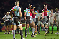 Jamie Roberts of Harlequins has a word with team-mate Mike Brown. European Rugby Champions Cup match, between Harlequins and Wasps on January 13, 2018 at the Twickenham Stoop in London, England. Photo by: Patrick Khachfe / JMP
