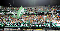 MEDELLÍN -COLOMBIA-27-01-2016. Hinchas de Atlético Nacional durante el partido de vuelta con Deportivo Cali por la Super Liga Aguila 2016 jugado en el estadio Atanasio Girardot de la ciudad de Medellín./ Fans of Atletico Nacional  during the second leg match against Deportivo Cali for the Aguila Super League 2016 played at Atanasio Girardot stadium in Medellin city. Photo: VizzorImage/ Leon Monsalve / Str