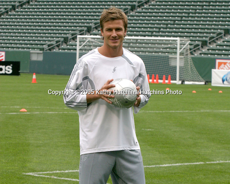 David Beckham demonstrates soccer skills for children after press conference to announce Soccer Academy beginning in Fall 2005 at the Home Depot Center in So California..Carson, CA.June 2, 2005.©2005 Kathy Hutchins / Hutchins Photo