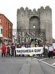 Mayor of Drogheda Frank Godfrey and marchers at St. Laurence Gate after a march to celebrate Drogheda Day. Photo:Colin Bell/pressphotos.ie