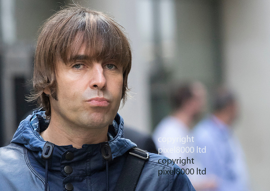 Pic shows: Pouting rock crooner Liam Gallagher arrives at court today<br /> <br /> <br /> Former Oasis singer Liam Gallagher today arrived at court alongside one of the country's top divorce lawyers.<br /> The 42-year-old musician, who is embroiled in a legal battle with his ex-wife Nicole Appleton, was seen outside the Central Family Court in London with Fiona Shackleton.<br /> Baroness Shackleton, a relative of Nigella Lawson, represented Prince Charles in his 1996 divorce from Princess Diana and Sir Paul McCartney in his 2008 divorce from Heather Mills. <br /> <br /> <br /> <br /> <br /> <br /> <br /> <br /> Pic by Gavin Rodgers/Pixel 8000 Ltd  17.9.15