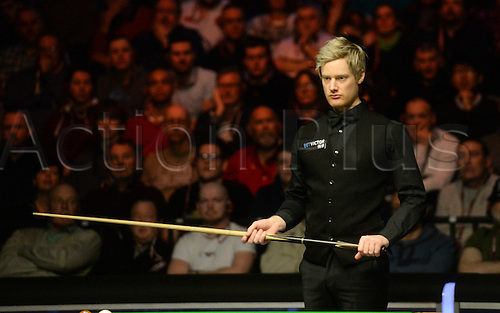 19.02.2016. Cardiff Arena, Cardiff, Wales. Bet Victor Welsh Open Snooker. Neil Robertson versus Ding Junhui. Neil Robertson gives himself some thinking time.