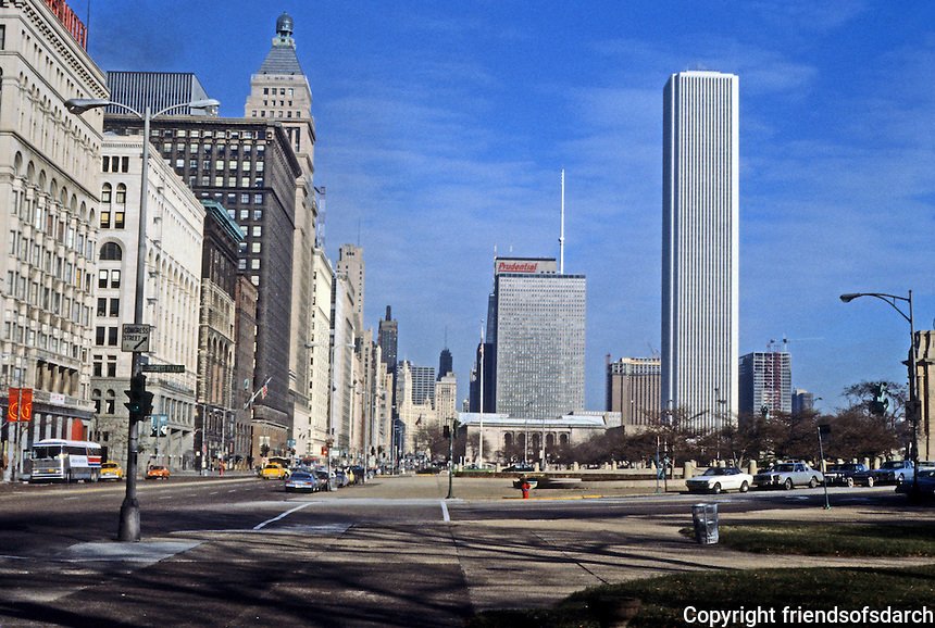 Chicago: Looking north on Michigan from Congress--Standard Oil Building on right, Edward Durrell Stone & Perkins & Will Partnership, 1974. 80 stories.