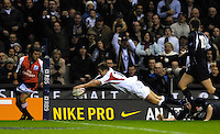 Twickenham, GREAT BRITAIN, Jonny WILKINSON, dives into the corner for a second half try, during the  England vs Scotland, Calcutta Cup Rugby match played at the  RFU Twickenham Stadium on Sat 03.02.2007  [Photo, Peter Spurrier/Intersport-images]...