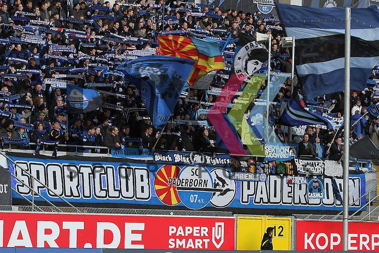 Die Fans des SC Paderborn  beim Spiel in der 2. Bundesliga SC Paderborn - TSV 1860 Muenchen.<br /> <br /> Foto &copy; PIX-Sportfotos *** Foto ist honorarpflichtig! *** Auf Anfrage in hoeherer Qualitaet/Aufloesung. Belegexemplar erbeten. Veroeffentlichung ausschliesslich fuer journalistisch-publizistische Zwecke. For editorial use only.