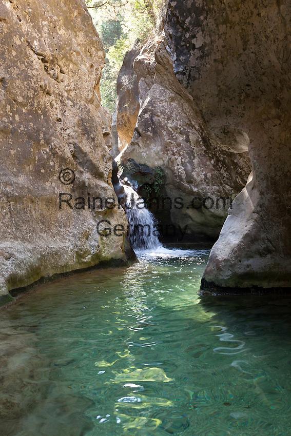 Greece, Aegean Islands, Southern Sporades, Island Samos, near Karlovassi: Potami waterfalls | Griechenland, Aegaeis, Suedliche Sporaden, Insel Samos, bei Karlovassi: Potami Wasserfall